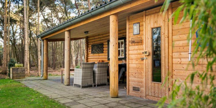 achterkant sauna blokhut